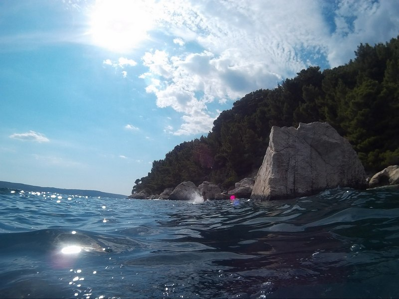 Split sea kayaking