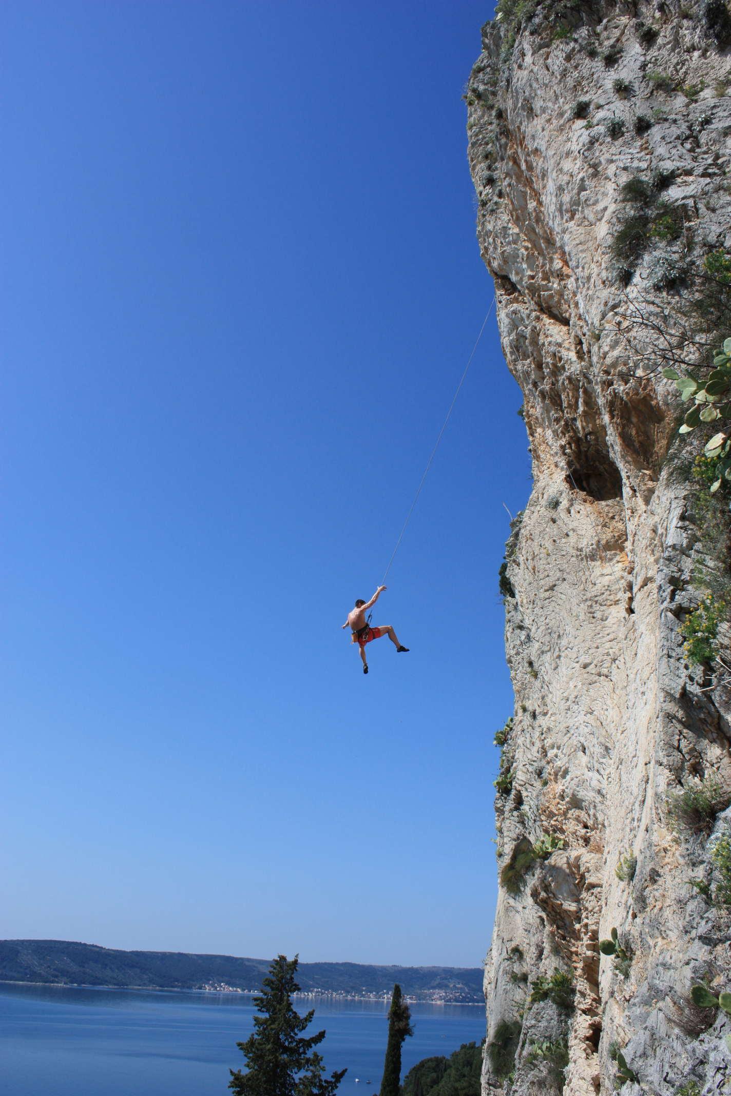 Rock climbing Split